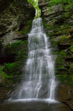 Peekamoose-Waterfall-1-e1464381438454